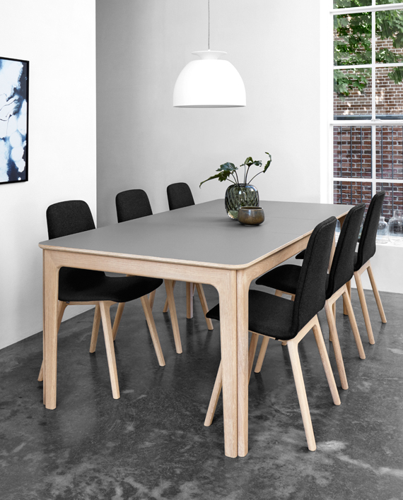 Skovby SM 27 Laminat Spisebord • Møblér